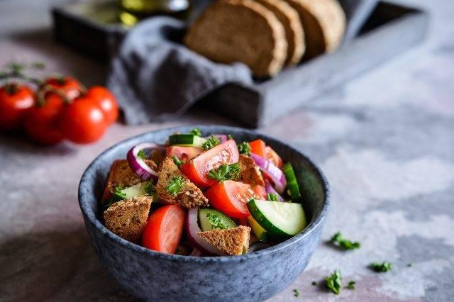 Dieta a cena: tutti i piatti leggeri che puoi preparare velocemente!