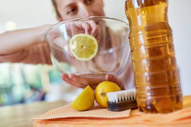 Come eliminare i cattivi odori dalla cucina naturalmente