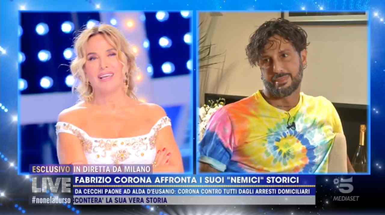 Fabrizio Corona ci prova con Barbara d'Urso