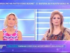 Barbara d'Urso rimprovera Fausto Leali