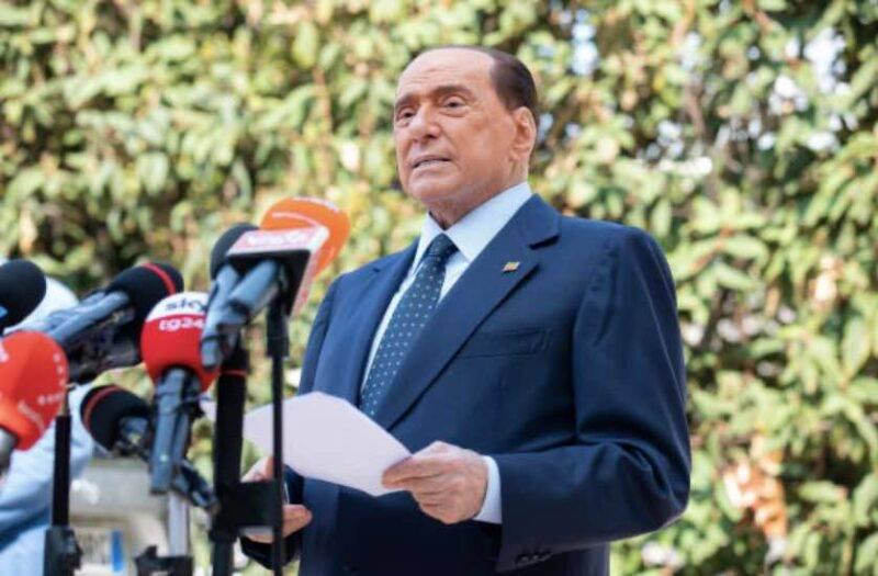 Berlusconi, lettera dei giornalisti Mediaset, cosa chiedono (Getty Images)
