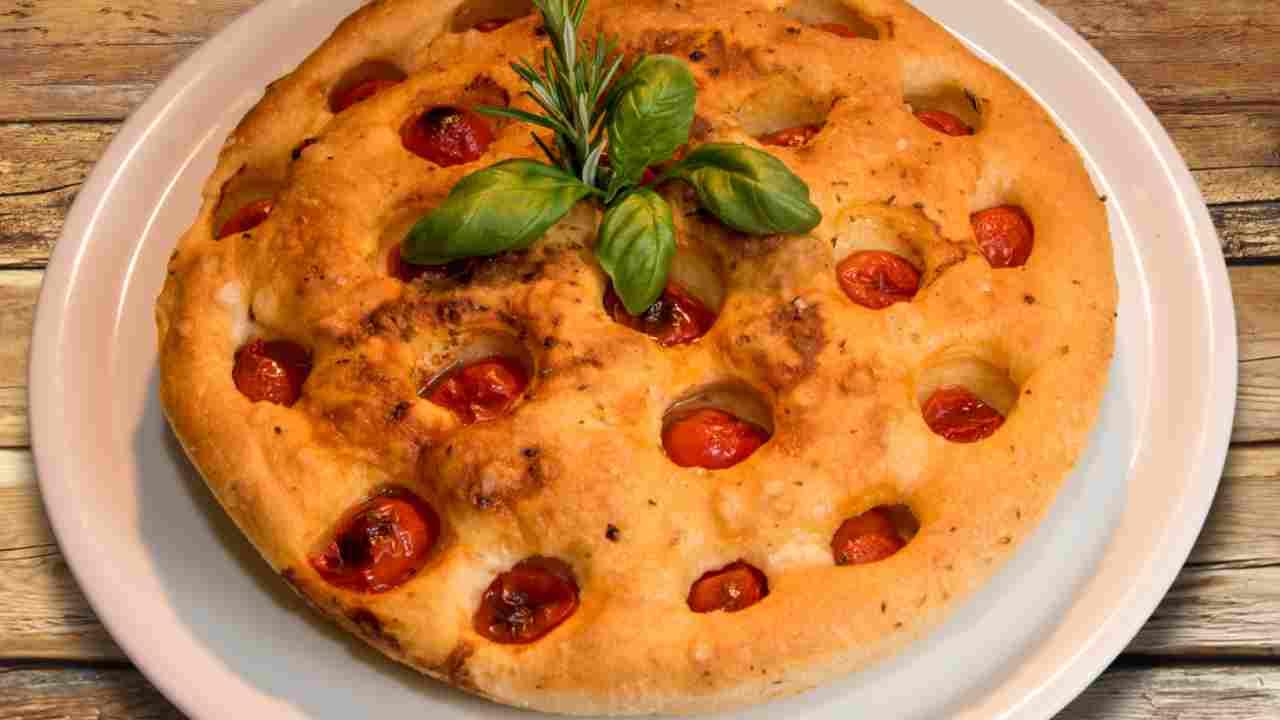 pizza bianca pomodorini