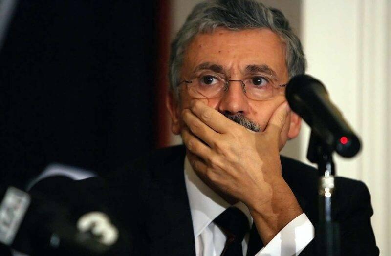 Massimo D'Alema commenta la decisione del giudice sportivo contro la Roma (Getty Images)