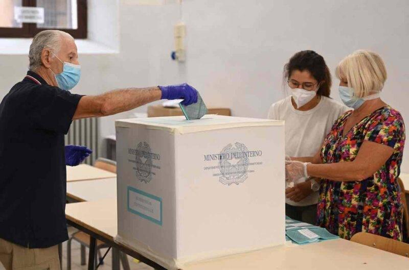 Oltre il 50% degli italiani alle urne (Getty Images)