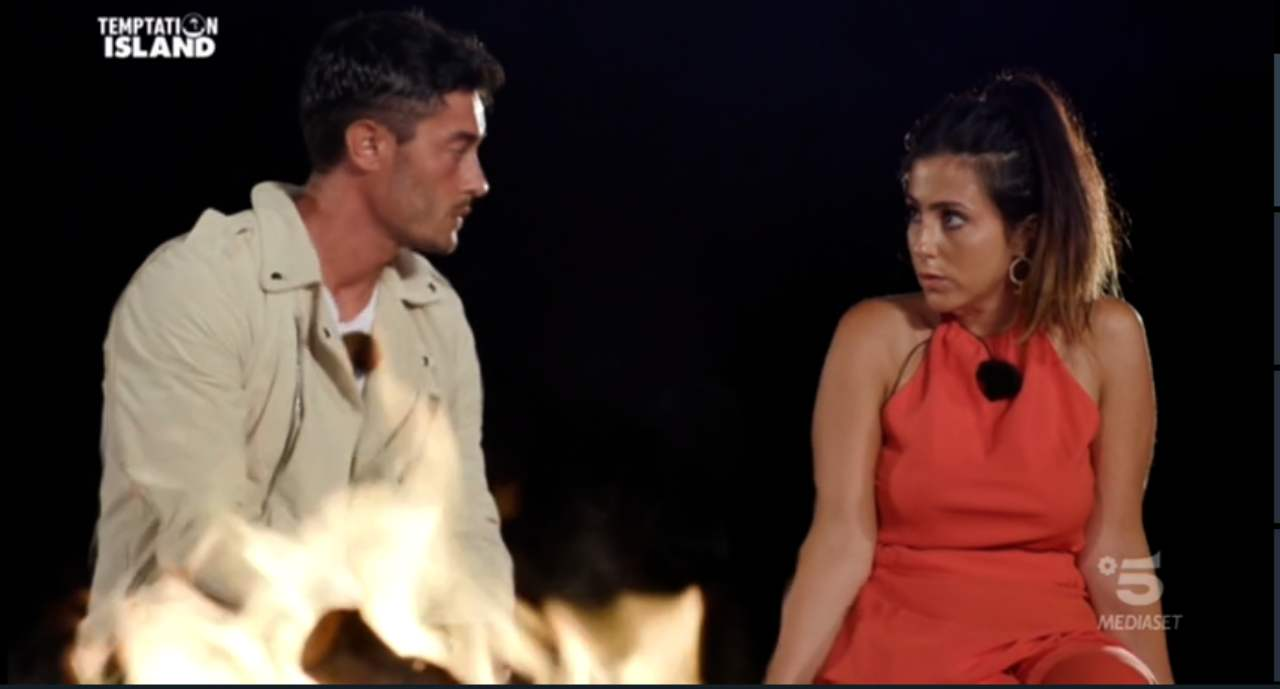 Sofia e Amedeo al falò di temptation Island