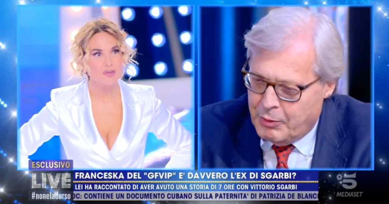 """Vittorio Sgarbi conferma la storia con Franceska Pepe: """"Amanti per 7 ore"""""""