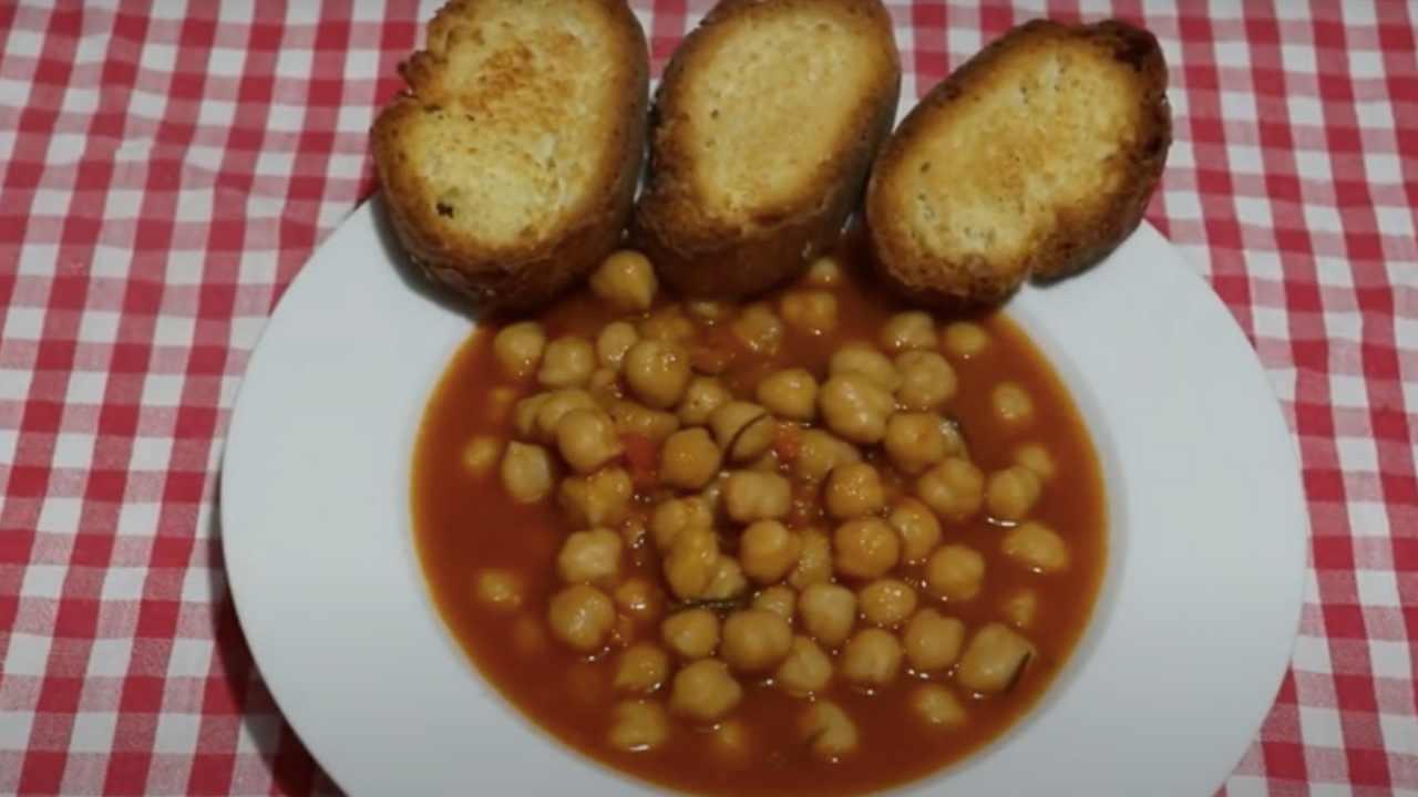 zuppa con crostini