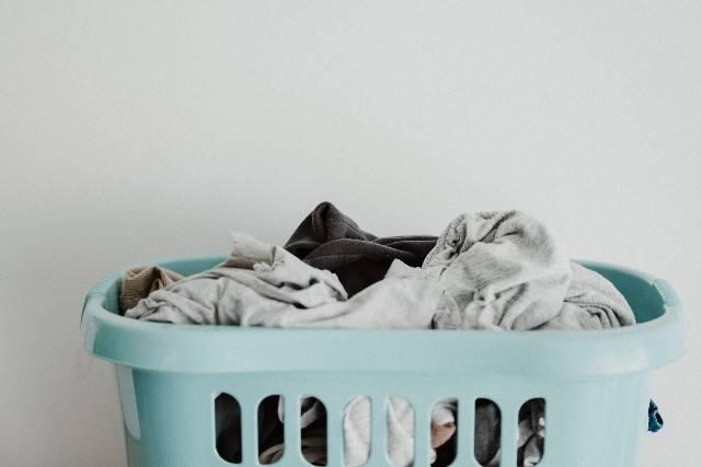 Pepe nero nella lavatrice: trucco furbo per un bucato senza macchie