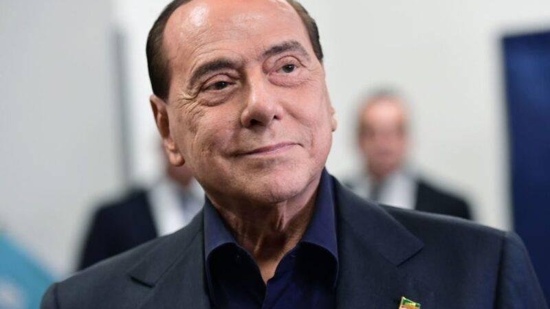 Ruby ter, Berlusconi assente: presentato referto medico (Getty Images)
