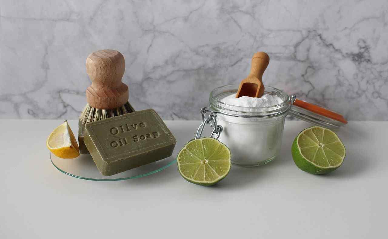 ingredienti naturali per smacchiare