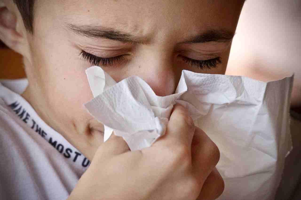 come si cura il raffreddore