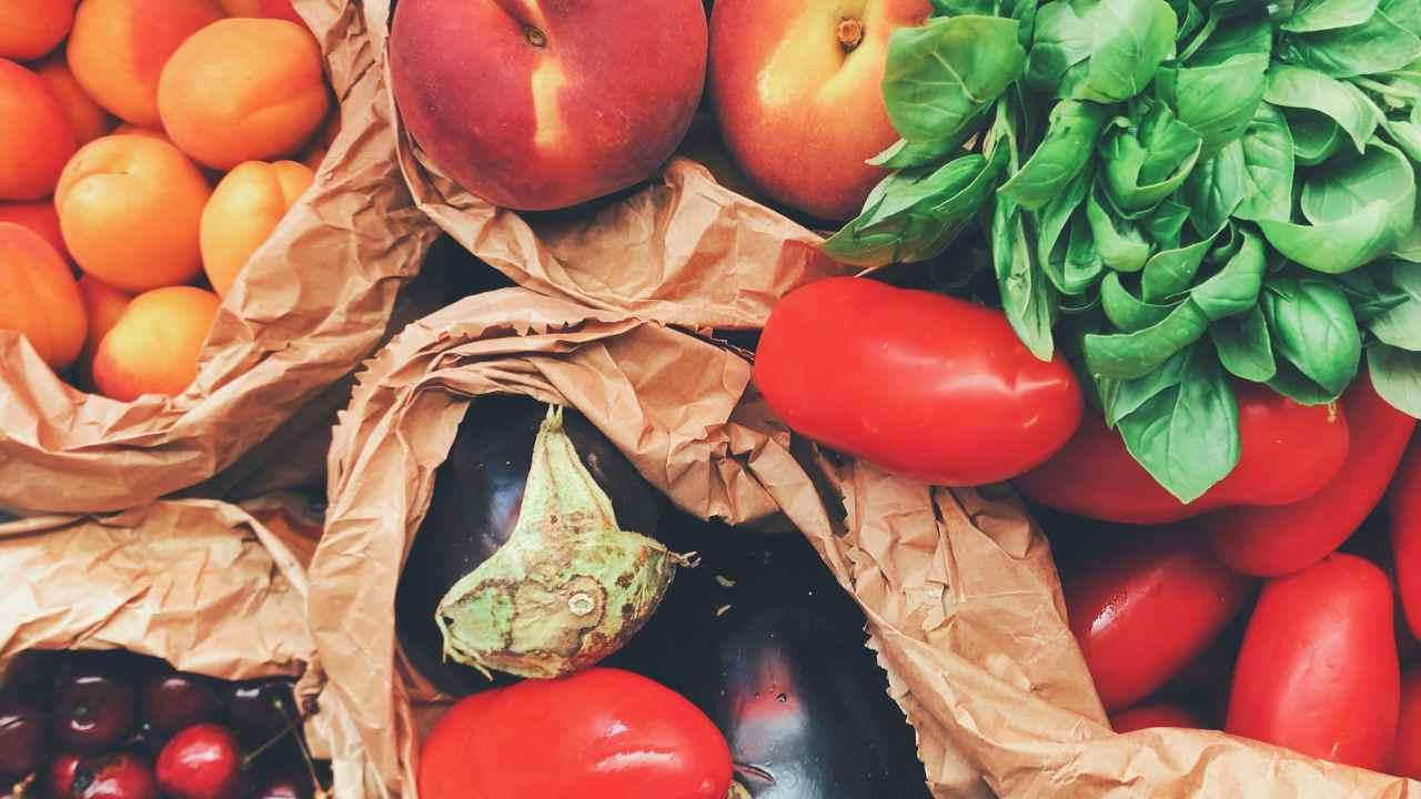 perché importante mangiare frutta e verdura di stagione