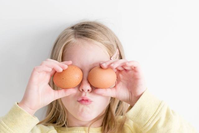 Diete vegane e vegetariane per i bimbi: rischi e informazioni