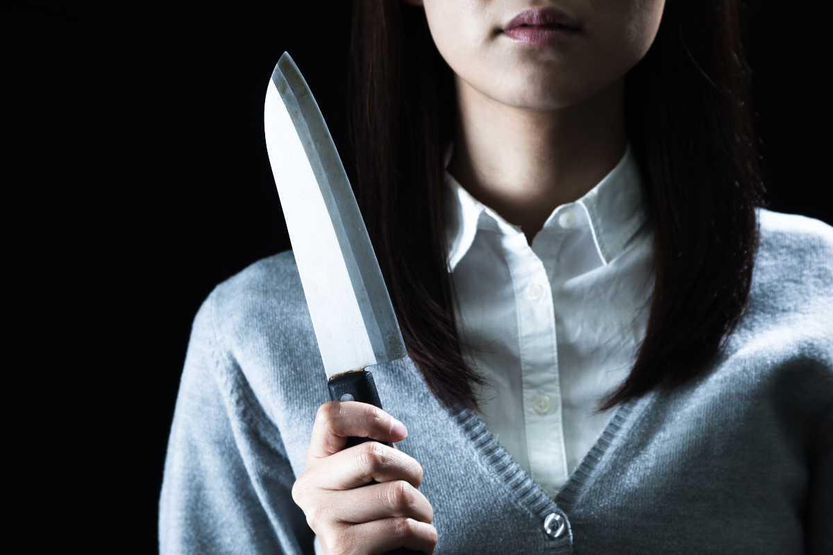 Uccide l'amica incinta per sottrarle il figlio dal grembo