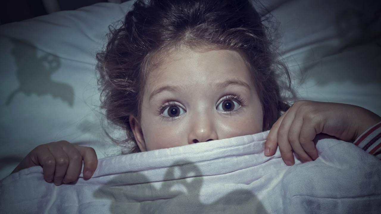 come aiutare bambini a superare paura buio