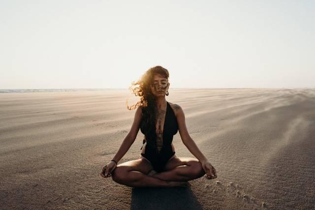 Yoga e alimentazione: linee guida e pasti bilanciati