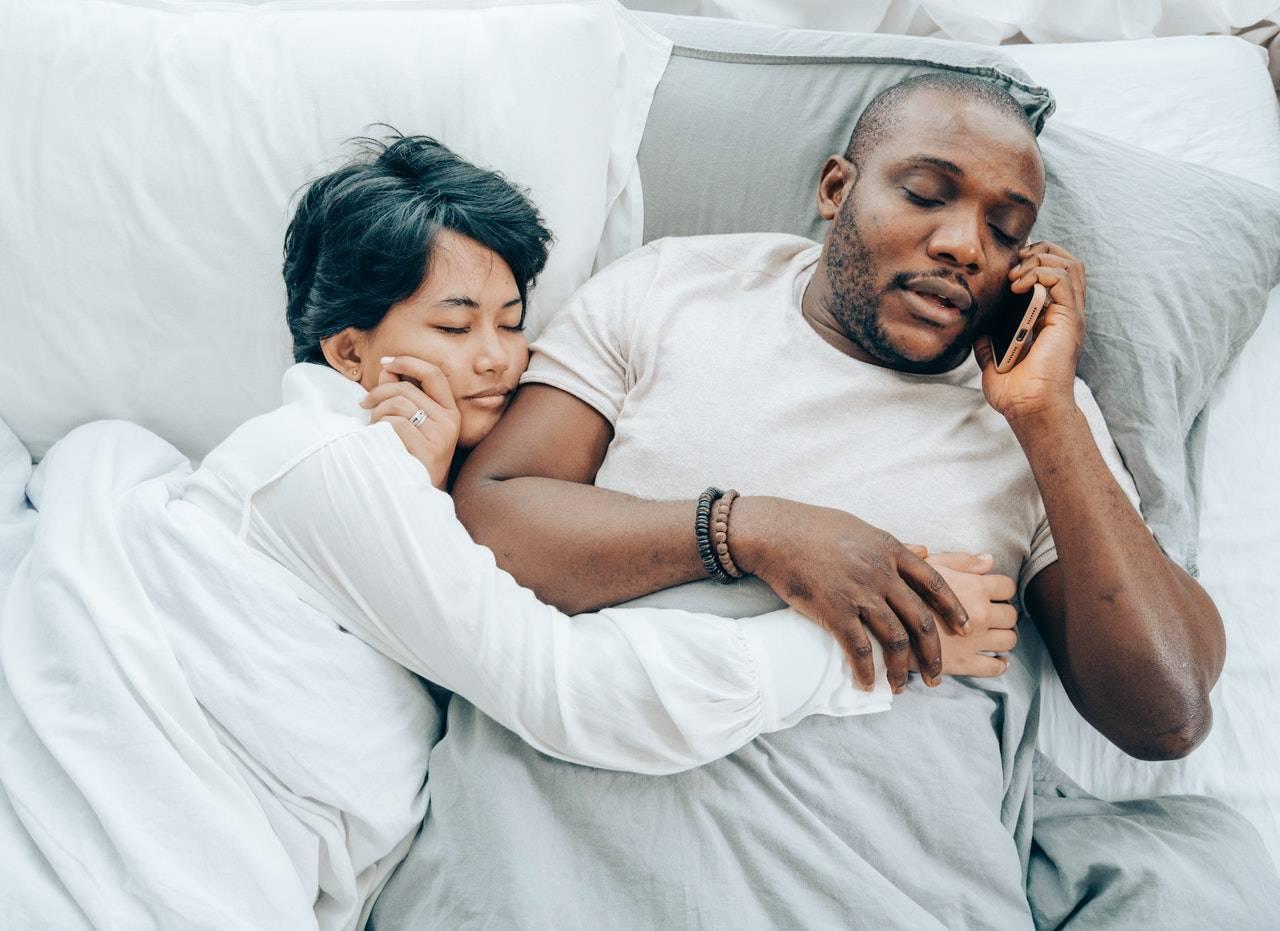 dormire in coppia