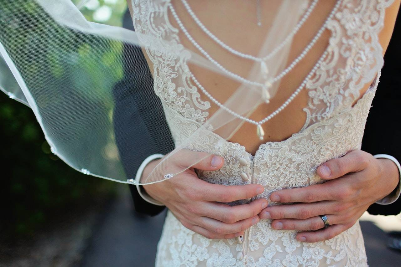 tendenze abiti da sposa 2021