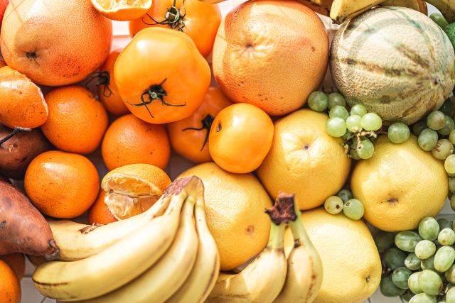 Frutta dopo pranzo: scopri perché non dovresti mangiarla
