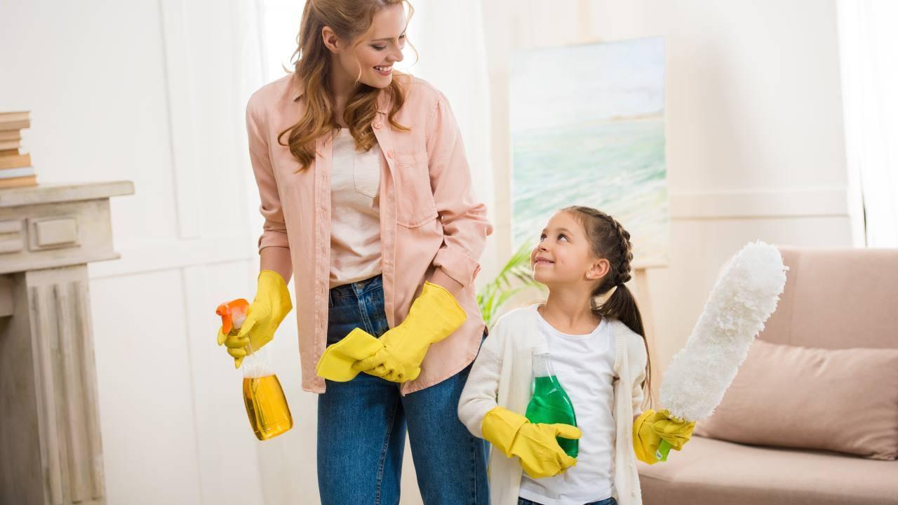 coronavirus come pulire casa con bambini