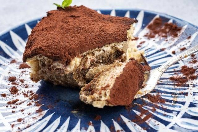 Tiramisù con fette biscottate: pronto in 15 minuti, pochissime calorie!