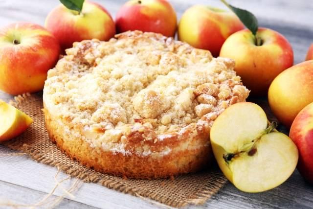 Consuma le mele così: prepara 3 dolci in 5 minuti