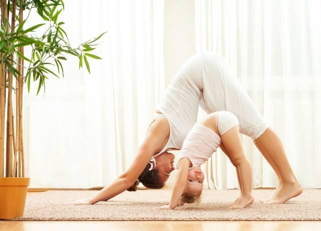Yoga e bambini: tutti gli esercizi utili e benefici per i più piccoli