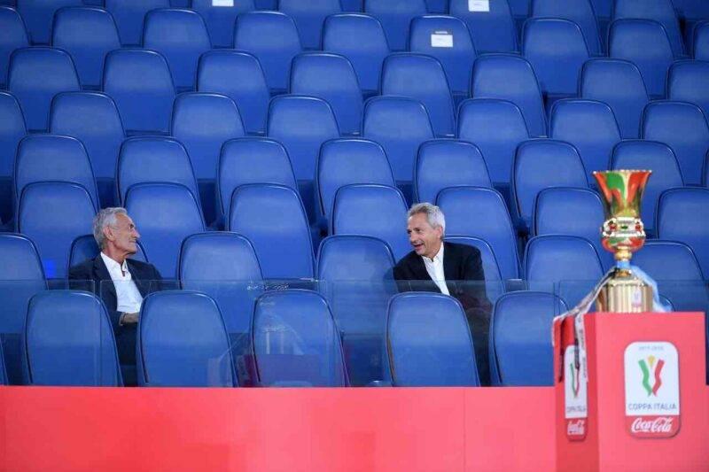 Serie A, Dal Pino positivo, Gravina in isolamento (Getty Images)