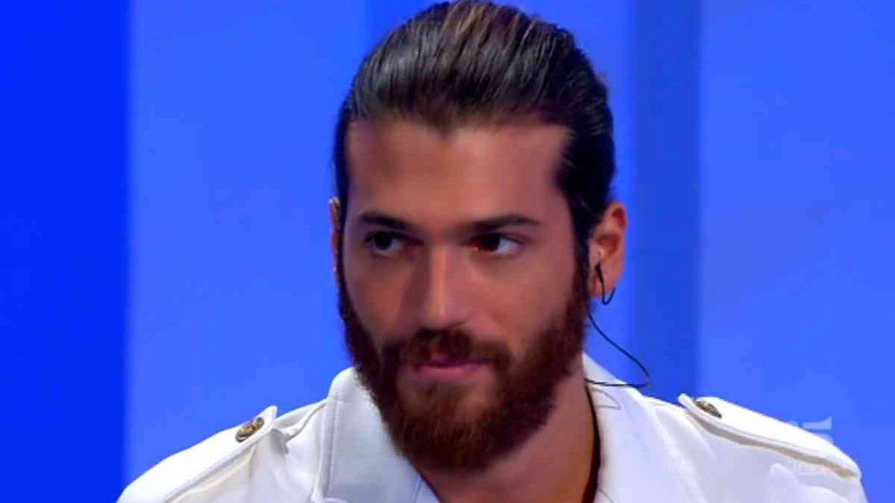 Can Yaman delude i fan