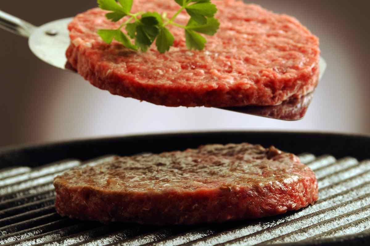 Come cucinare l'hamburger perfetto
