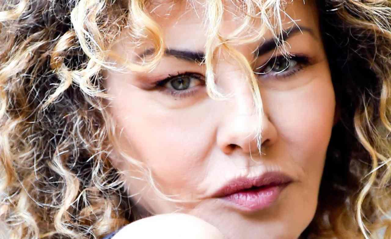 Eva Grimaldi contro Adua Del Vesco