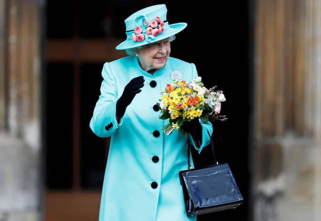 Regina Elisabetta borsetta