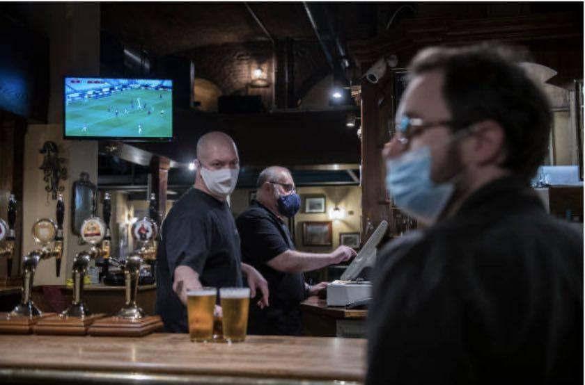 Governo, nuovi provvedimenti in aiuto di bar e ristoranti (Getty Images)