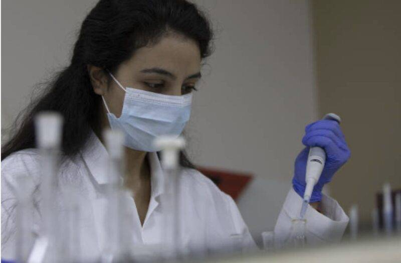 COVID-19, importanti sviluppi sulle cure (Getty Images)