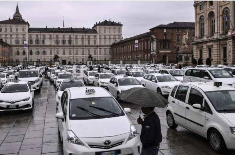 Taxi, la protesta degli autisti (Getty Images)