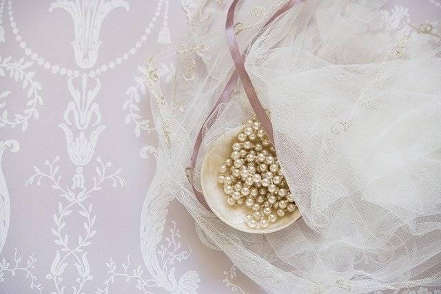 abito da sposa fisico a rettangolo