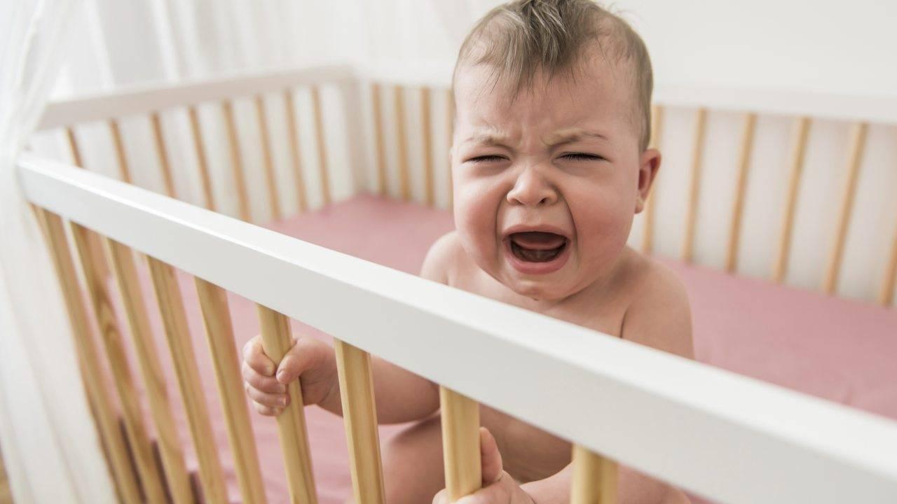 bambino piange senza fiato