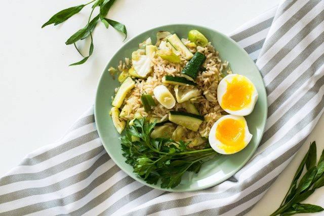 Meal prep settimanale: dal lunedì al venerdì pasti veloci e nutrienti