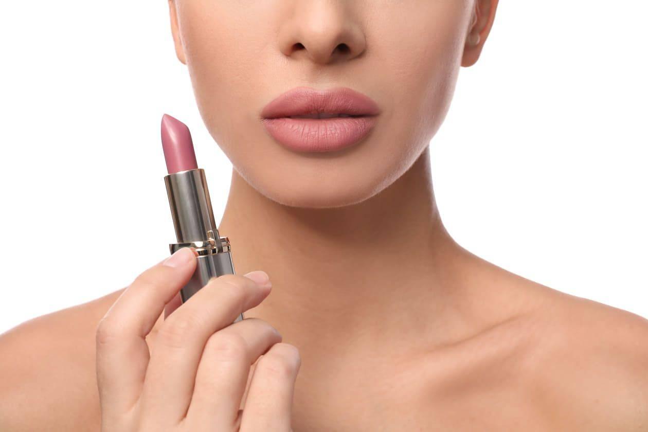 rossetto nude come applicarlo, lip contouring