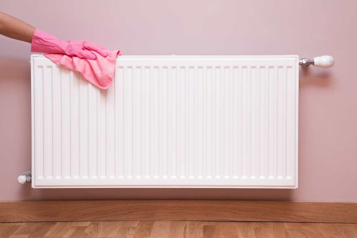 Come pulire e sfiatare i termosifoni facilmente: scopri questi trucchi