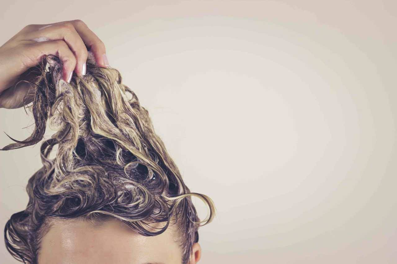 lavare capelli