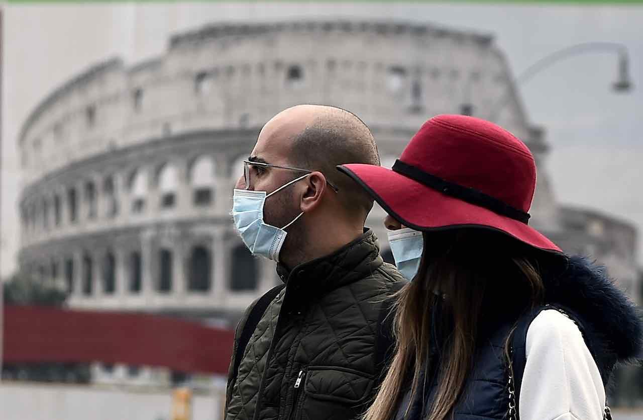 L'Italia valuta un lockdown leggero per arginare i contagi da COVID-19 (Getty Images)