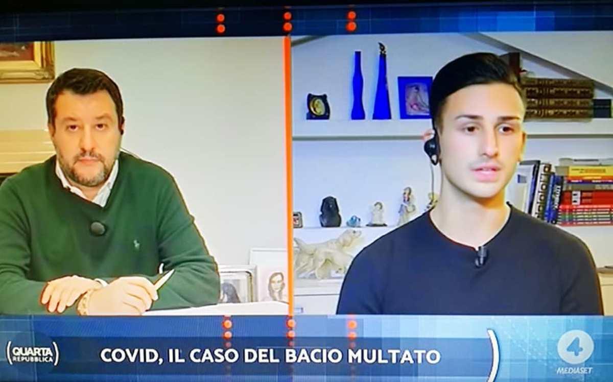 Matteo Salvini interviene sul caso della coppia multata per un bacio
