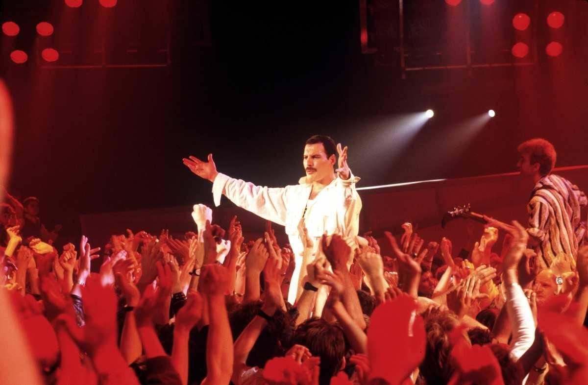 Maradona amava il rock ed ebbe un'amicizia con i queen