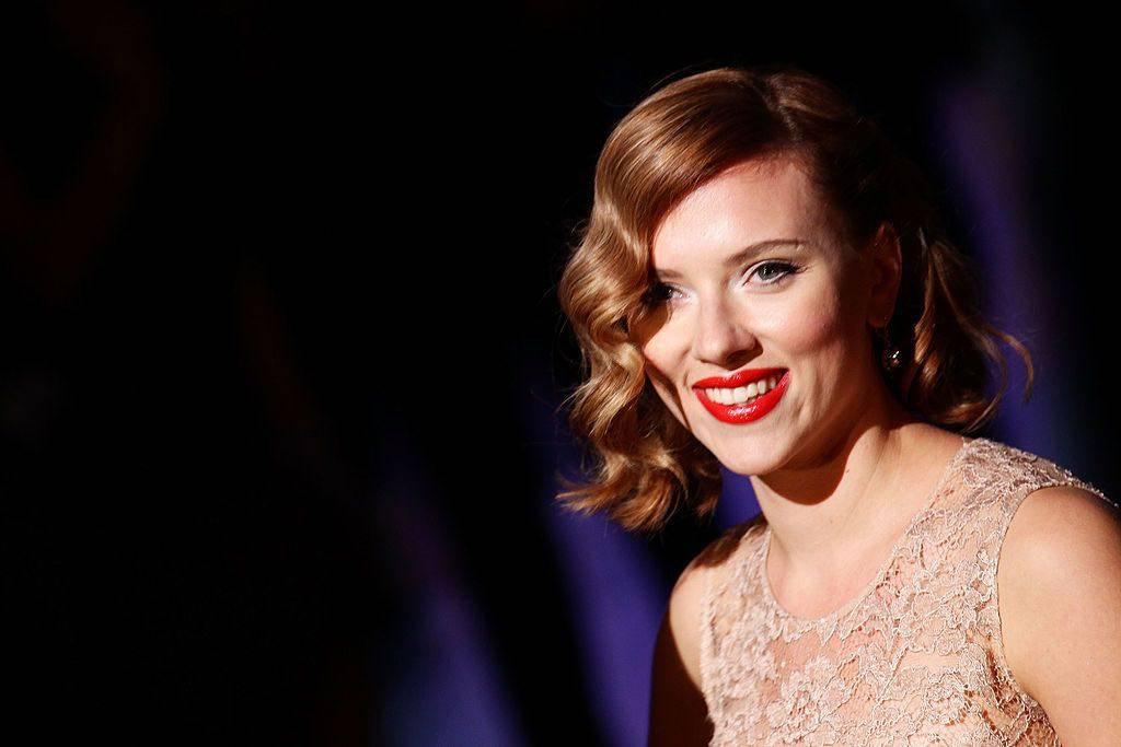 Scarlett Johansson outfit