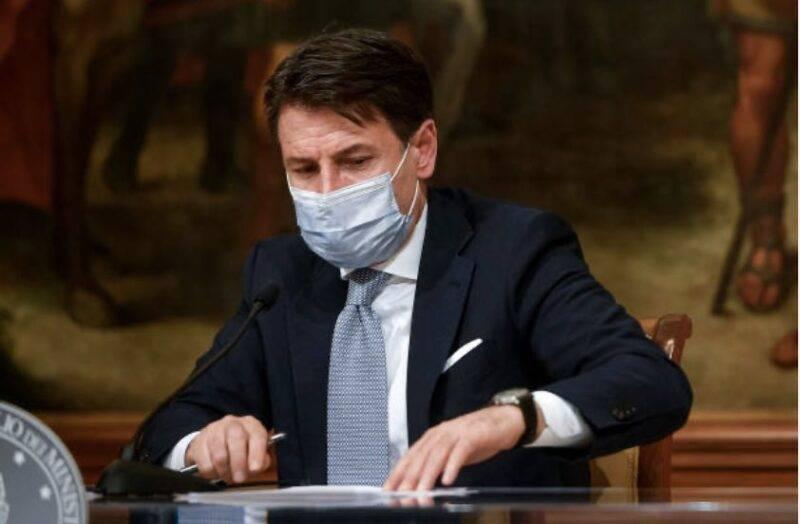 Italia, Conte potrebbe ricorrere a un lockdown leggero contro il COVID-19 (Getty Images)