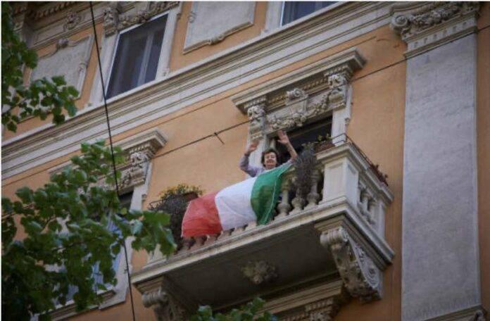 La pandemia ha peggiorato gli italiani: lo studio del Censis