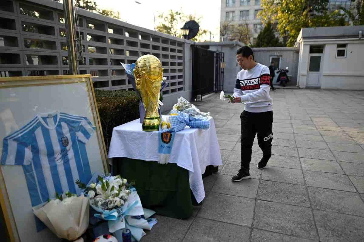 Anche in Cina ricordano il grande Maradona
