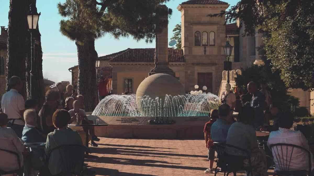 San Marino prova a resistere al Covid mantenendo tutto aperto
