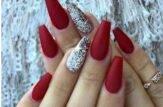 unghie a ballerina rosse argento